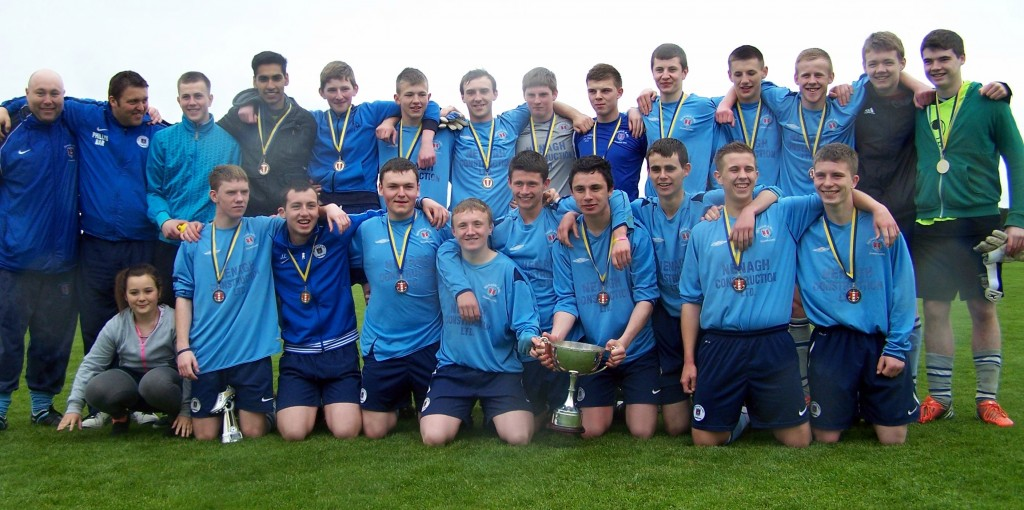 05-18-13 - Nenagh AFC Youths with Cup